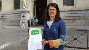 Carmen Molina, tras registrar el documento en el MAGRAMA.