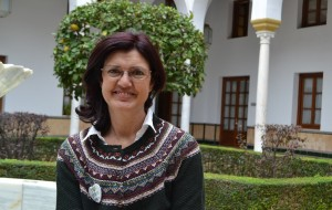 Carmen Molina, en el Parlamento andaluz.