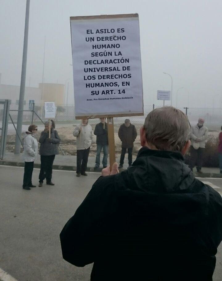 pancarta-derechos-humanos-cie-archidona