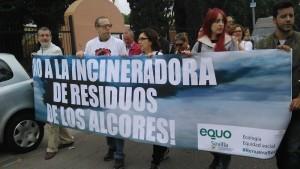 EQUO Sevilla manifestandose contra la coincineración de residuos en cementera