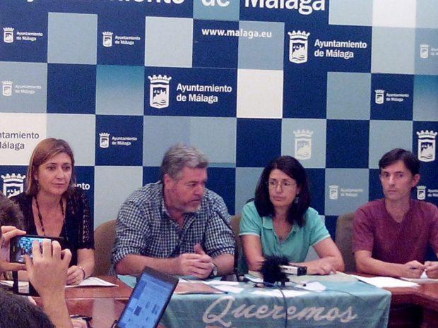 López de Uralde y Carmen Molina en rueda de prensa.