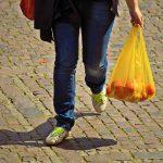 Proponemos a la Junta la creación de un fondo ambiental para reducir el consumo de bolsas de plástico