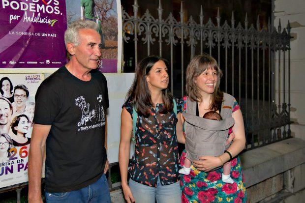 Nuestra candidata en Jaén con compañeros de la candidatura.