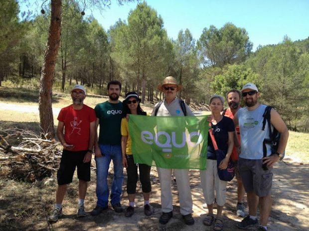 Miembros de EQUO Málaga celebrando el Día del Medio Ambiente.