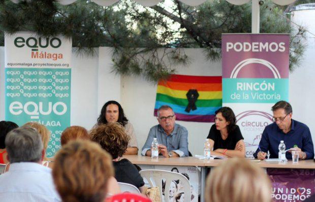 Nuestro compañero Francisco Soler en un acto de Unidos Podemos en Rincón de la Victoria.