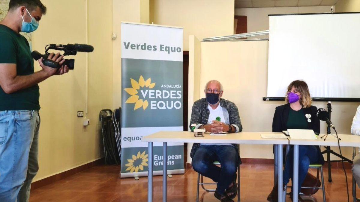 Foto Manuel Pérez y Mar González en rueda de prensa