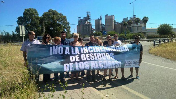Protesta contra la incineradora en Alcalá de Guadaíra.